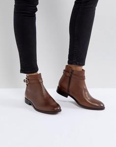 96dcc2789 Купить женские ботинки броги в интернет-магазине Lookbuck