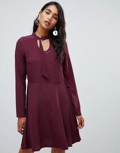 Платье с пряжкой у горловины Vila - Красный
