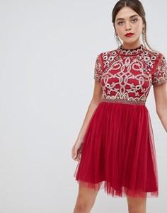 Короткое приталенное платье с рукавами 3/4Frock & Frill - Красный