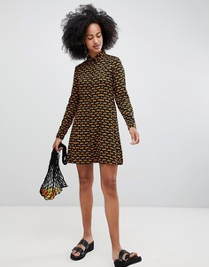 Платье-рубашка с принтом Monki - Черный