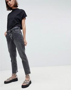 Укороченные джинсы в винтажном стиле с состаренной отделкой Cheap Monday - Черный