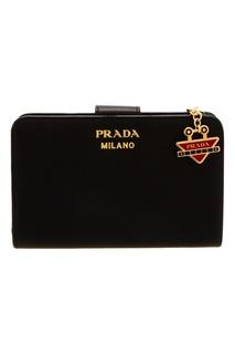 Черный кошелек на молнии Prada