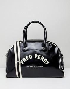 Классическая черная дорожная сумка с ручками Fred Perry - Черный
