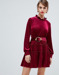 Вельветовое платье с высоким воротом и поясом с черепаховой пряжкой Vero Moda - Мульти