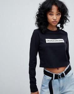 Укороченный лонгслив с логотипом в полоску Calvin Klein Jeans - Черный