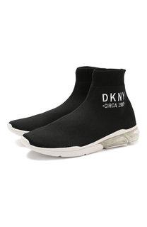Высокие текстильные кроссовки без шнуровки DKNY