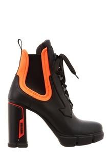Кожаные ботинки с контрастной отделкой Prada