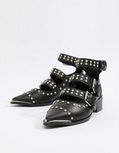Туфли на плоской подошве с заклепками ASOS DESIGN Madge - Черный