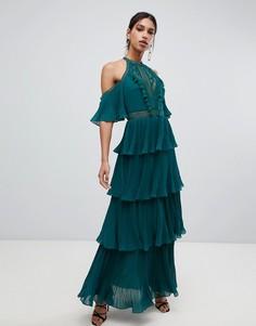 Ярусное зеленое платье макси с кисточками и открытыми плечами True Decadence - Зеленый