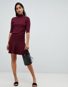Трикотажная расклешенная мини-юбка Y.A.S - Красный