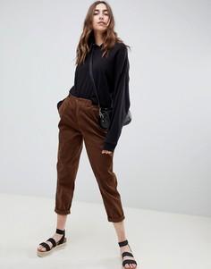 Вельветовые брюки с ремешками по бокам ASOS DESIGN - Коричневый