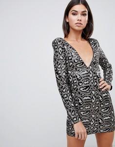 Серое платье с пайетками и леопардовым принтом Club L - Мульти