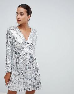 Приталенное платье с пайетками Club L - Серебряный