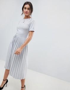 Платье миди с плиссированной юбкой ASOS DESIGN - Серый
