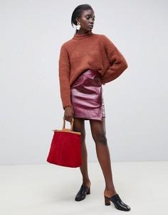 Кожаная юбка с запахом и змеиным принтом Selected - Красный