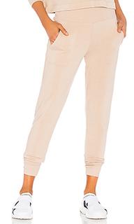 Спортивные брюки cozy fleece - Beyond Yoga