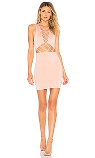 Облегающее платье на шнуровке с юбкой-солнцеклеш lauryn - by the way.