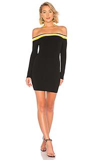 Мини-платье с открытыми плечами tony - by the way.