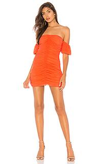 Мини-платье с открытыми плечами soleil - NBD