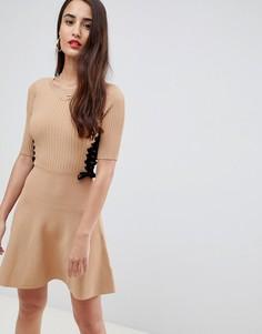 Короткое приталенное платье ASOS DESIGN - Светло-бежевый