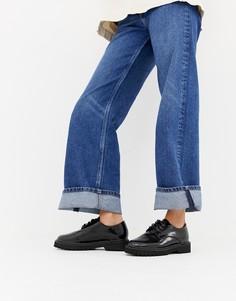 Туфли на плоской подошве со шнуровкой London Rebel - Черный