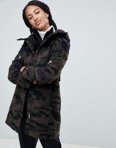 Пальто с камуфляжным принтом и капюшоном Esprit - Зеленый