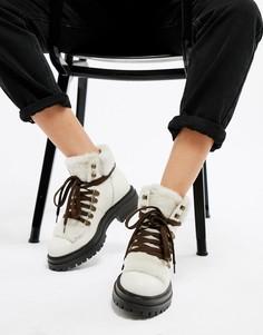 Белые кожаные ботильоны на шнуровке Kurt Geiger Regent - Белый