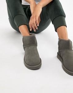 Серые ботинки UGG Classic Mini II - Серый