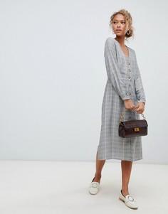 Платье миди в клетку на пуговицах New Look - Серый
