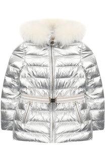 Стеганая куртка с поясом и меховой отделкой на капюшоне Yves Salomon Enfant