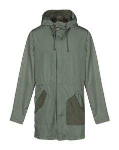 Легкое пальто Guess