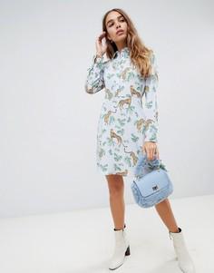 Короткое приталенное платье с воротником и леопардовым принтом Neon Rose - Синий