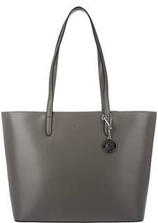 Серая кожаная сумка с длинными ручками Dkny