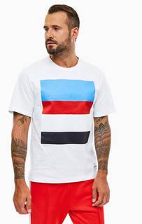 Белая хлопковая футболка с яркой нашивкой Calvin Klein Jeans
