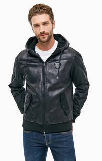 Черная куртка с капюшоном и нашивкой EA7