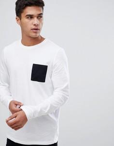 Белый лонгслив с контрастным карманом ASOS DESIGN - Белый