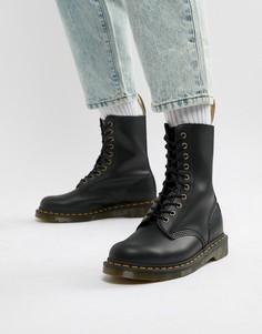 Черные ботинки с 10 люверсами Dr Martens Vegan 1490 - Черный