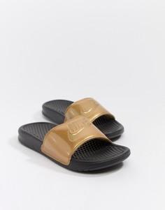 Черно-золотистые шлепанцы с логотипом Nike - Черный