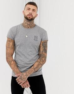 Серая облегающая футболка с принтом на груди Bershka - Серый