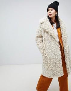 Двубортное бежевое плюшевое пальто Monki - Бежевый