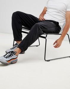 Черные джоггеры с полосками по бокам Nike 929126-010 - Черный