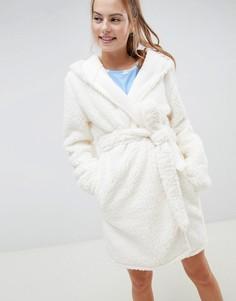 Мягкий халат с помпонами ASOS DESIGN - Кремовый