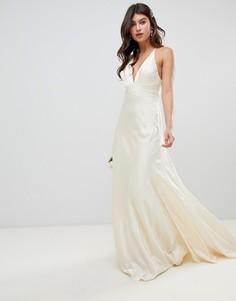 Свадебное платье со шлейфом ASOS EDITION - Кремовый
