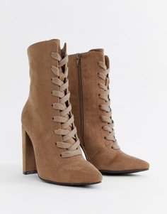Ботинки на каблуке со шнуровкой ASOS DESIGN Elicia - Бежевый
