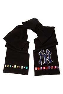 Шарф с кристаллами и патчем NY Yankees Gucci