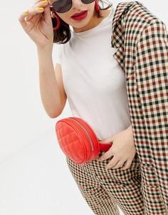 Красная стеганая сумка-кошелек на пояс Monki - Красный