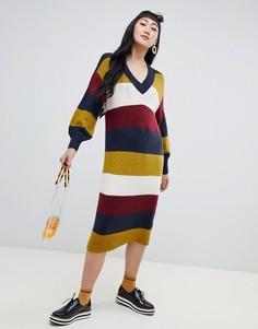 Трикотажное платье в разноцветную полоску с V-образным вырезом Monki - Мульти