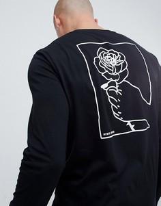 Лонгслив с принтом руки и розы на спине ASOS DESIGN - Черный