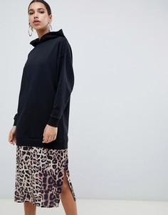 Платье-футболка макси с леопардовым принтом на подоле ASOS DESIGN - Черный