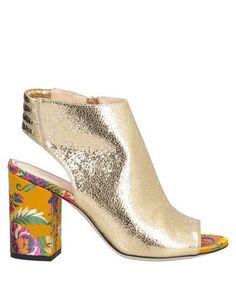 Полусапоги и высокие ботинки Fabi